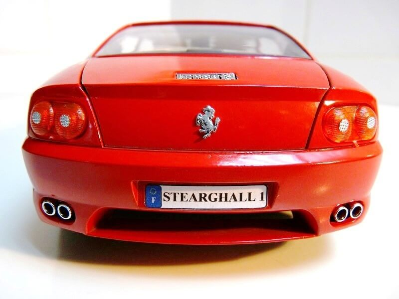 Ferrari 456 GT - 1992 - BBurago 1/18 ème Ferra104