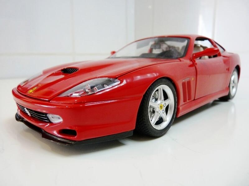 Ferrari 550 Maranello - 1996 - BBurago 1/18 ème Ferra123