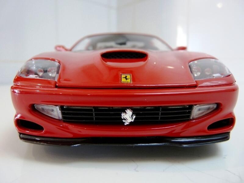 Ferrari 550 Maranello - 1996 - BBurago 1/18 ème Ferra124