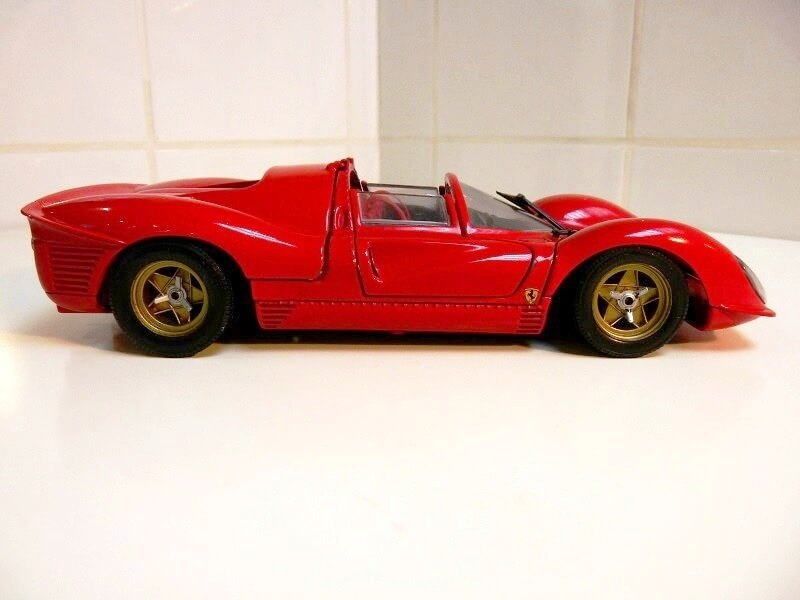 Ferrari 330 P4 - 1967 - Jouef Evolution 1/18 ème Ferrar17
