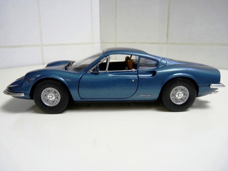Ferrari Dino 246 GT - 1969 - Anson 1/18 ème Ferrar24