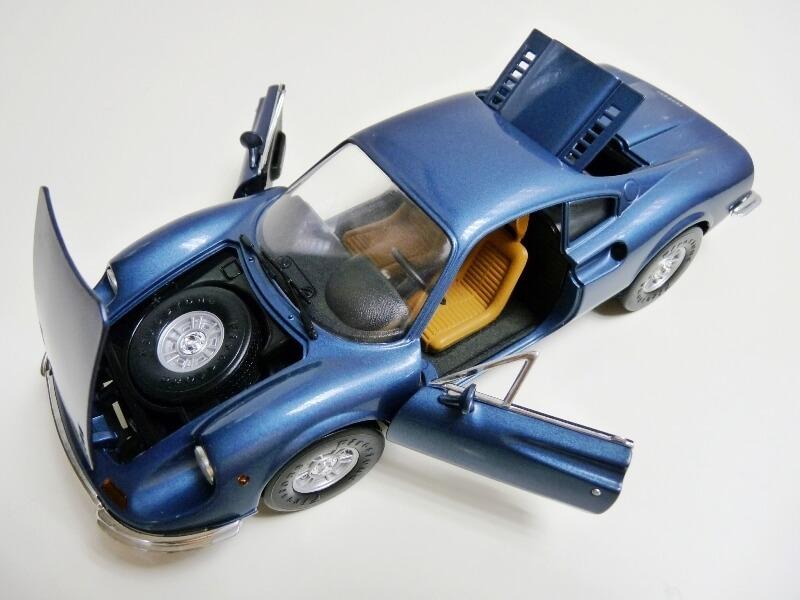 Ferrari Dino 246 GT - 1969 - Anson 1/18 ème Ferrar30