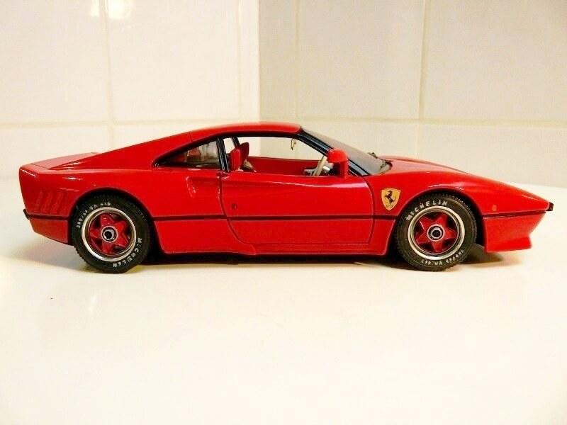 Ferrari 308 GTO - 1976 - BBurago 1/18 ème Ferrar36