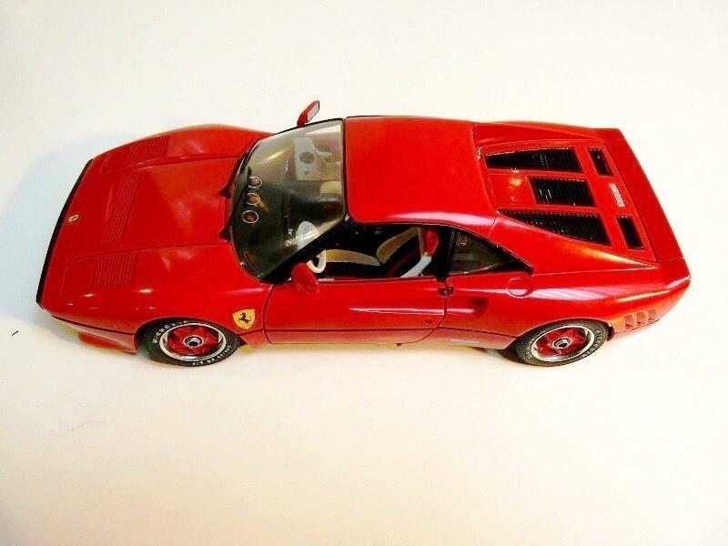 Ferrari 308 GTO - 1976 - BBurago 1/18 ème Ferrar37
