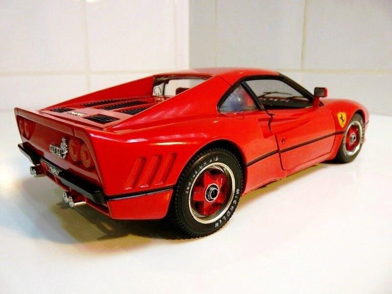 Ferrari 308 GTO - 1976 - BBurago 1/18 ème Ferrar40
