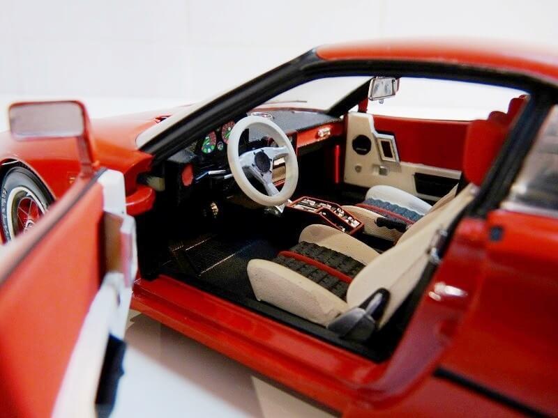 Ferrari 308 GTO - 1976 - BBurago 1/18 ème Ferrar42