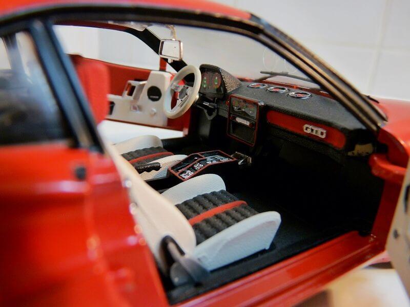 Ferrari 308 GTO - 1976 - BBurago 1/18 ème Ferrar43