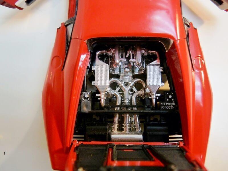 Ferrari 308 GTO - 1976 - BBurago 1/18 ème Ferrar44
