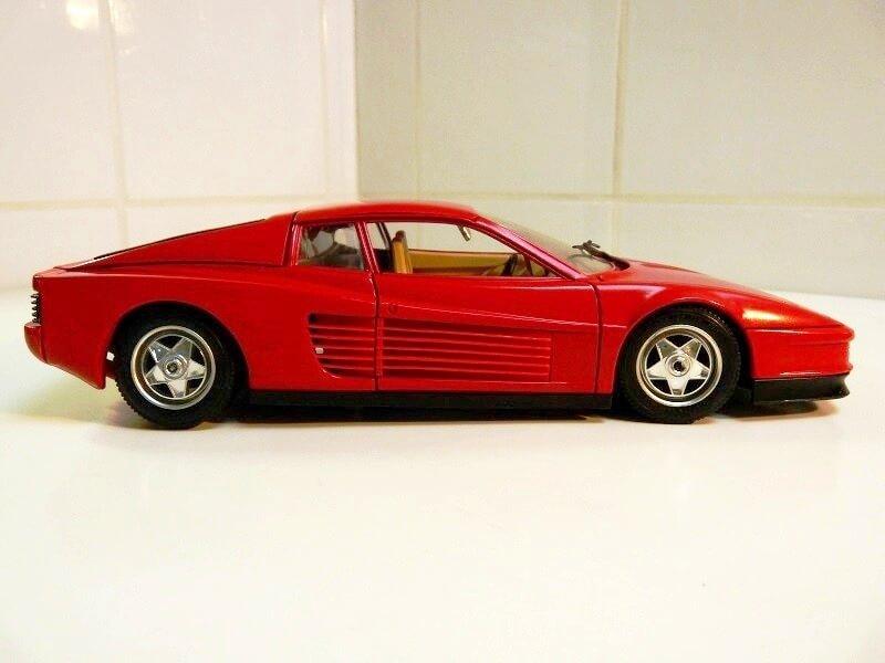 Ferrari Testarossa - 1984 - BBurago 1/18 ème Ferrar46