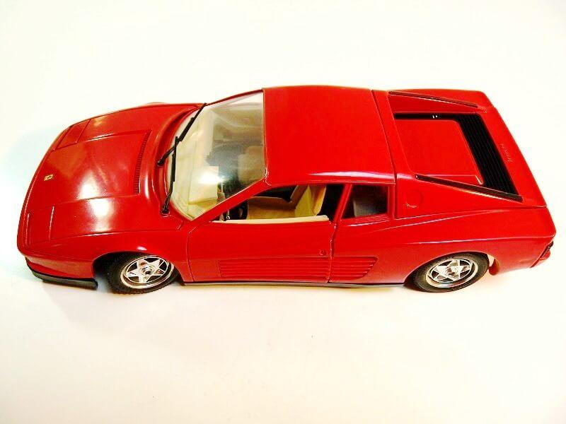 Ferrari Testarossa - 1984 - BBurago 1/18 ème Ferrar49