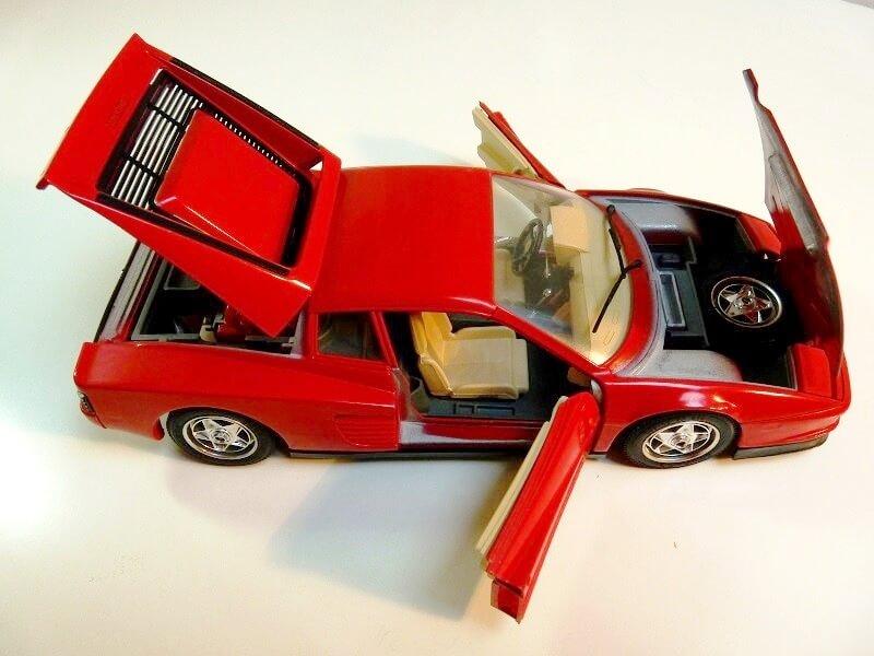Ferrari Testarossa - 1984 - BBurago 1/18 ème Ferrar53
