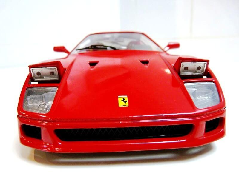 Ferrari F40 - 1987 - Jouef Evolution 1/18 ème Ferrar64