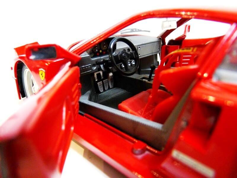 Ferrari F40 - 1987 - Jouef Evolution 1/18 ème Ferrar73