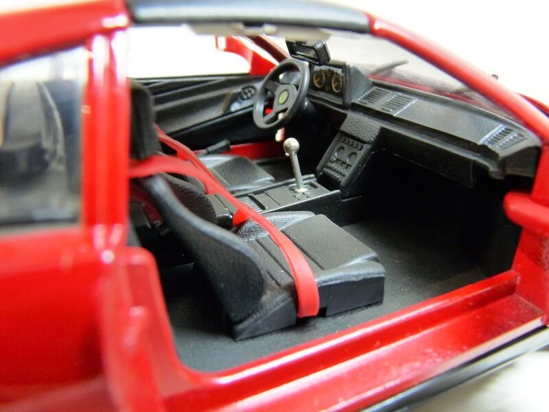 Ferrari 348 TS - 1989 - Tonka Polistil - 1/18 ème Ferrar80