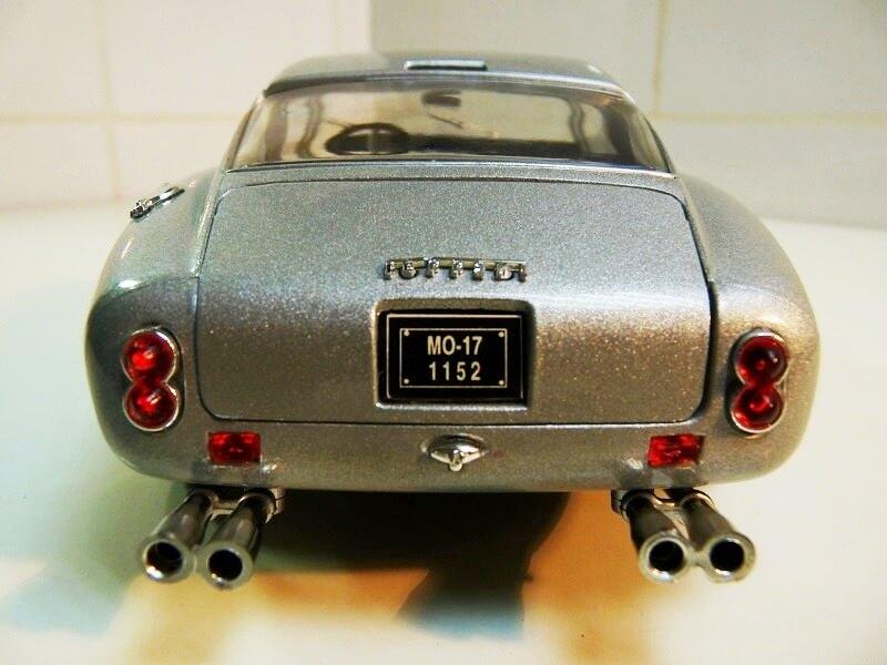 Ferrari 250 GT Berlinette - 1961 - Jouef Evolution 1/18 ème Ferrbe12