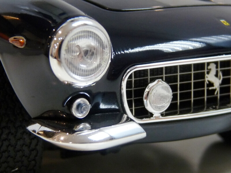 Ferrari 250 GT Berlinetta Passo Corto SWB - 1960 - HotWheels 1/18 ème Ferswb17