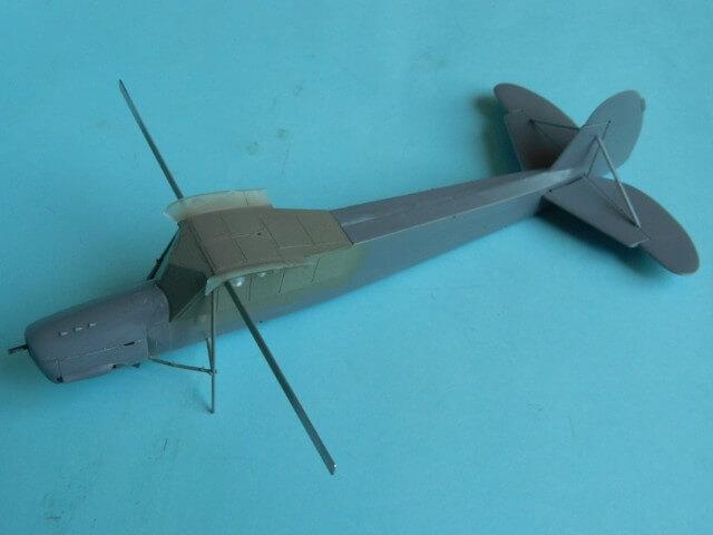 Fieseler Fi-156 - Tamiya 1/48 - Par fombec6 - Fini. Ff01410