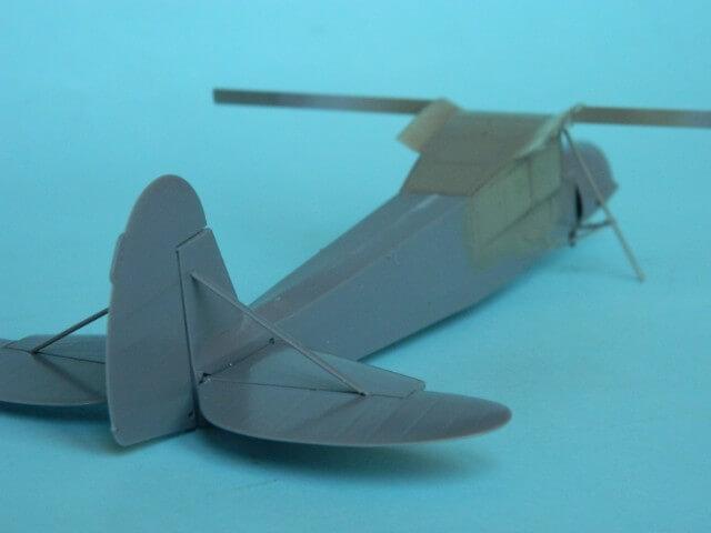 Fieseler Fi-156 - Tamiya 1/48 - Par fombec6 - Fini. Ff01510