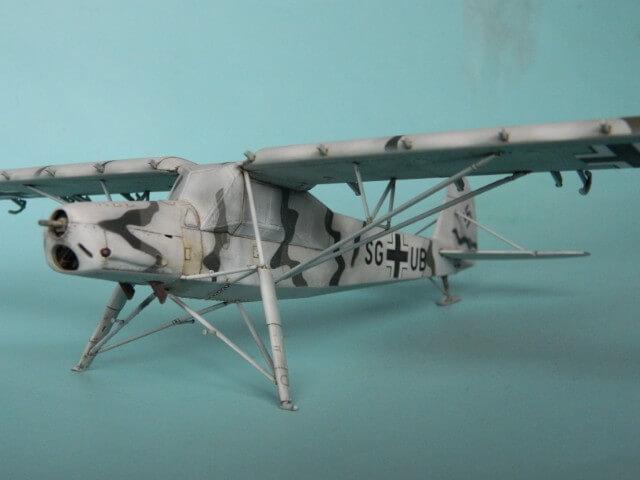 Fieseler Fi-156 - Tamiya 1/48 - Par fombec6 - Fini. Ff02910
