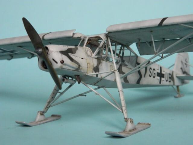 Fieseler Fi-156 - Tamiya 1/48 - Par fombec6 - Fini. Ff03010
