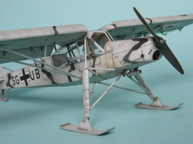 Fieseler Fi-156 - Tamiya 1/48 - Par fombec6 - Fini. Ff03110