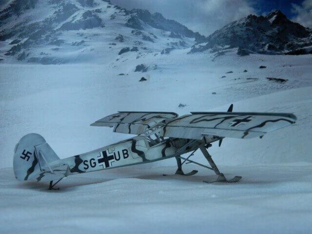 Fieseler Fi-156 - Tamiya 1/48 - Par fombec6 - Fini. Ff03910