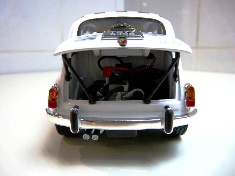 Fiat Abarth 850TC - 1961 - Solido 1/18 ème Fiab8510