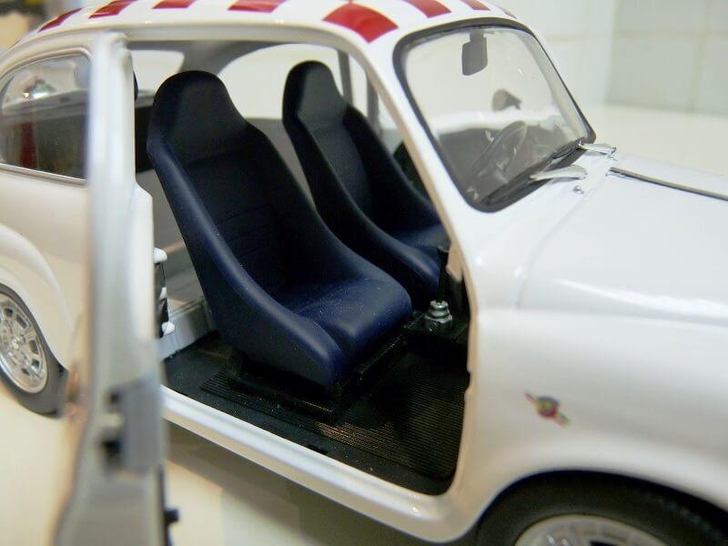 Fiat Abarth 850TC - 1961 - Solido 1/18 ème Fiab8517