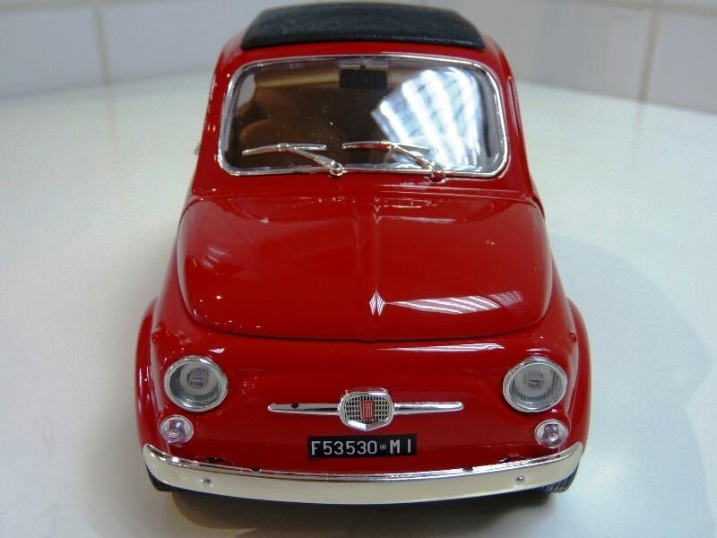 Fiat Nuova 500 - 1964 - BBurago 1/16 ème Finu5021