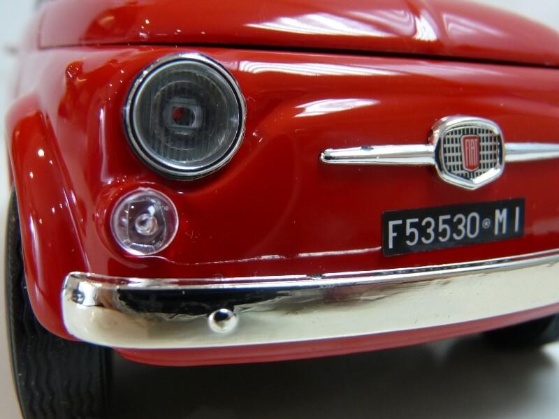 Fiat Nuova 500 - 1964 - BBurago 1/16 ème Finu5034