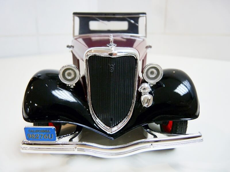 Ford M40 V8 Roadster Deluxe Coupe - 1934 - Solido 1/19 ème Fom40v12