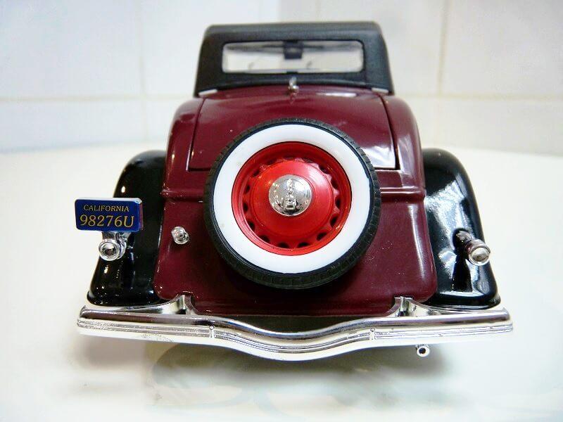 Ford M40 V8 Roadster Deluxe Coupe - 1934 - Solido 1/19 ème Fom40v14
