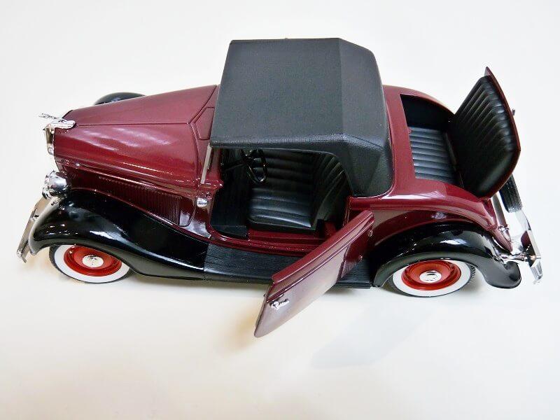 Ford M40 V8 Roadster Deluxe Coupe - 1934 - Solido 1/19 ème Fom40v15