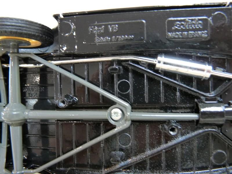 Ford M40 V8 Roadster Deluxe Coupe - 1934 - Solido 1/19 ème Fom40v19