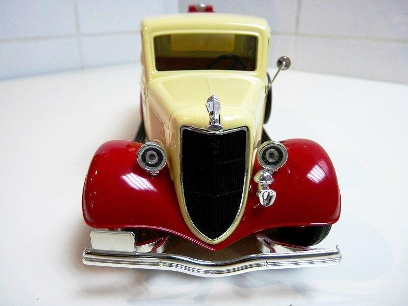 Ford V8 Pick-up Citerne Type 67-830 - 1936 - Solido 1/19 ème Ford_c13