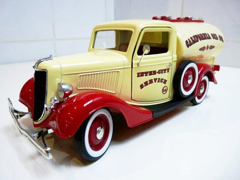 Ford V8 Pick-up Citerne Type 67-830 - 1936 - Solido 1/19 ème Ford_c15