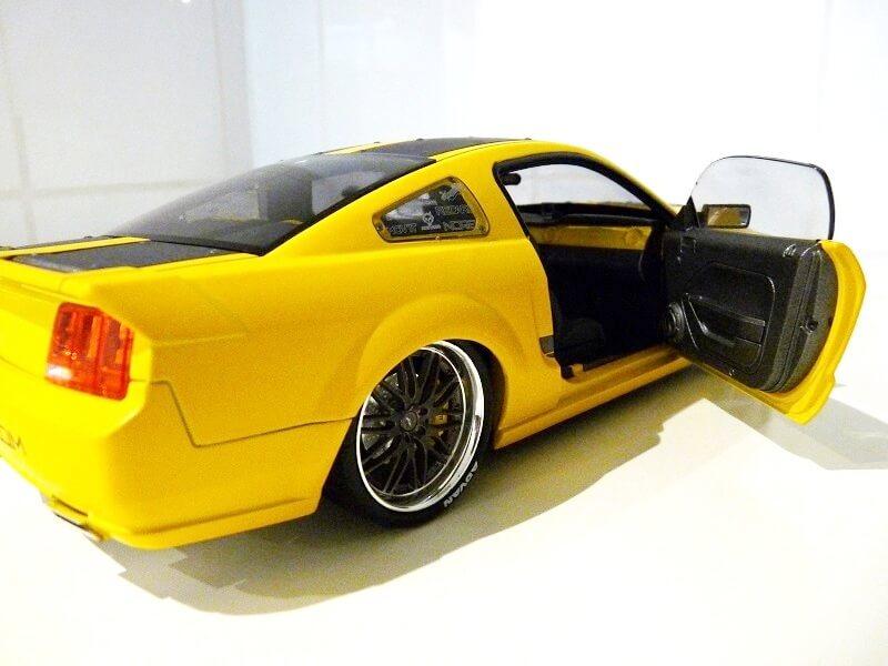 Ford Mustang Césam - 2007 - Norev 1/18 ème Ford_c19