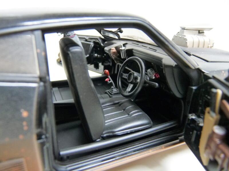 Ford Falcon XB-GT Coupé Sedan Madmax - 1973 - Autoart 1/18 ème Ford_m67