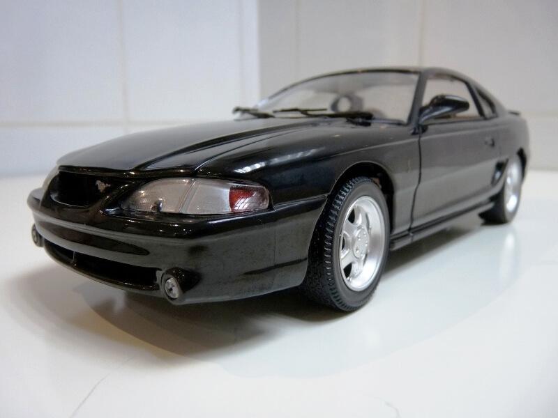 Ford Mustang Cobra Coupé GT - 1994 - Jouef Evolution 1/18 ème Ford_m72