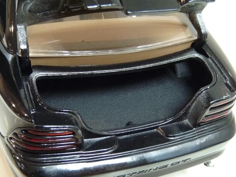 Ford Mustang Cobra Coupé GT - 1994 - Jouef Evolution 1/18 ème Ford_m81