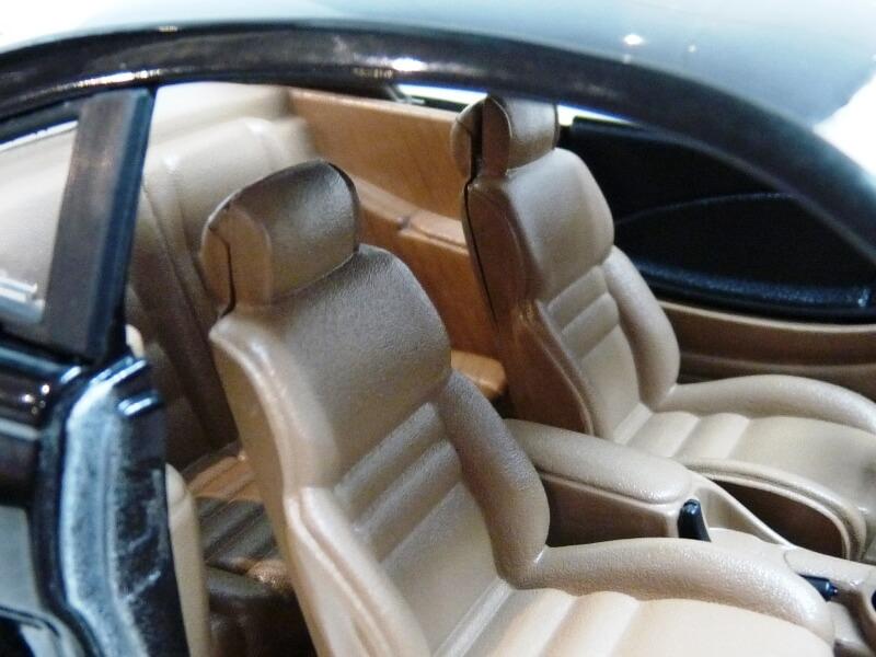 Ford Mustang Cobra Coupé GT - 1994 - Jouef Evolution 1/18 ème Ford_m86