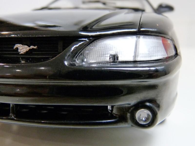 Ford Mustang Cobra Coupé GT - 1994 - Jouef Evolution 1/18 ème Ford_m87