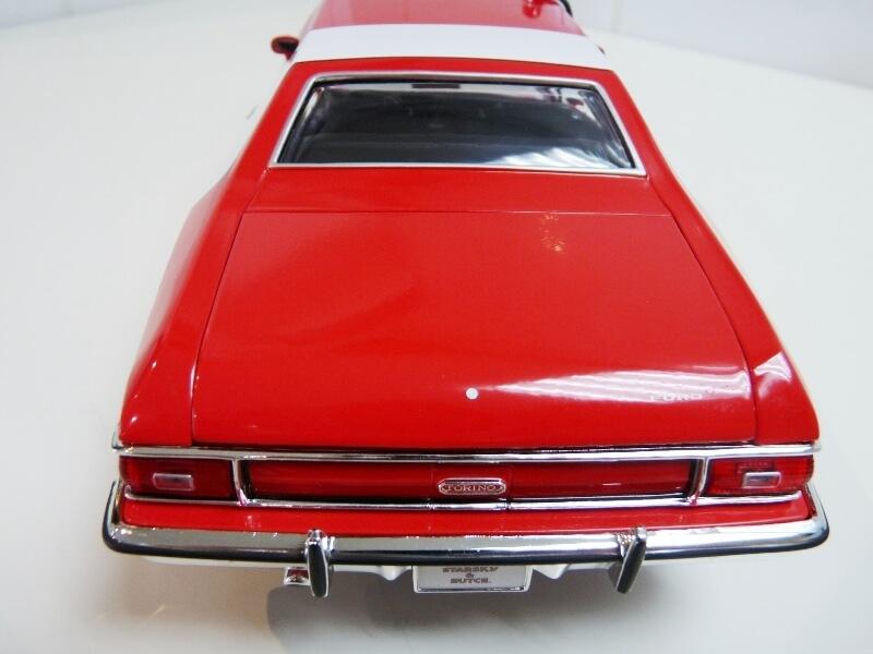 Ford gran torino Starsky & Hutch - 1976 - ERTL 1/18 ème Ford_s34