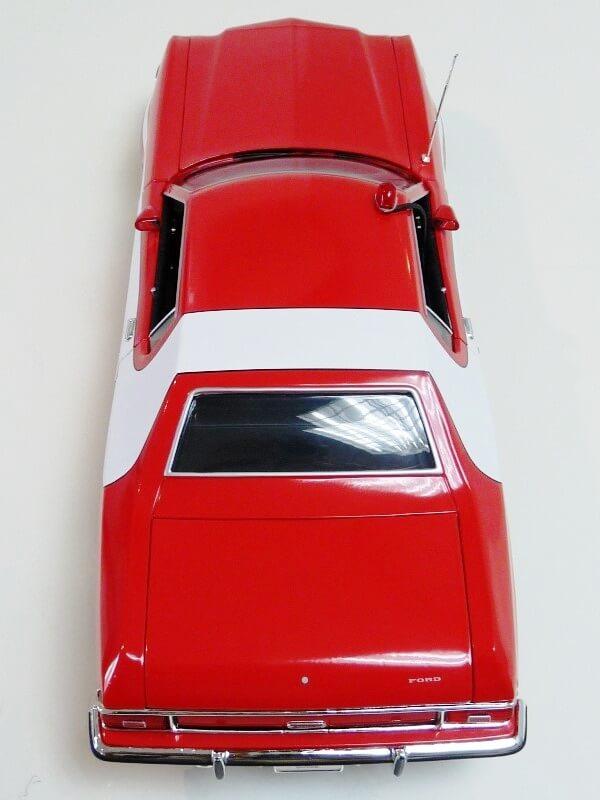 Ford gran torino Starsky & Hutch - 1976 - ERTL 1/18 ème Ford_s35