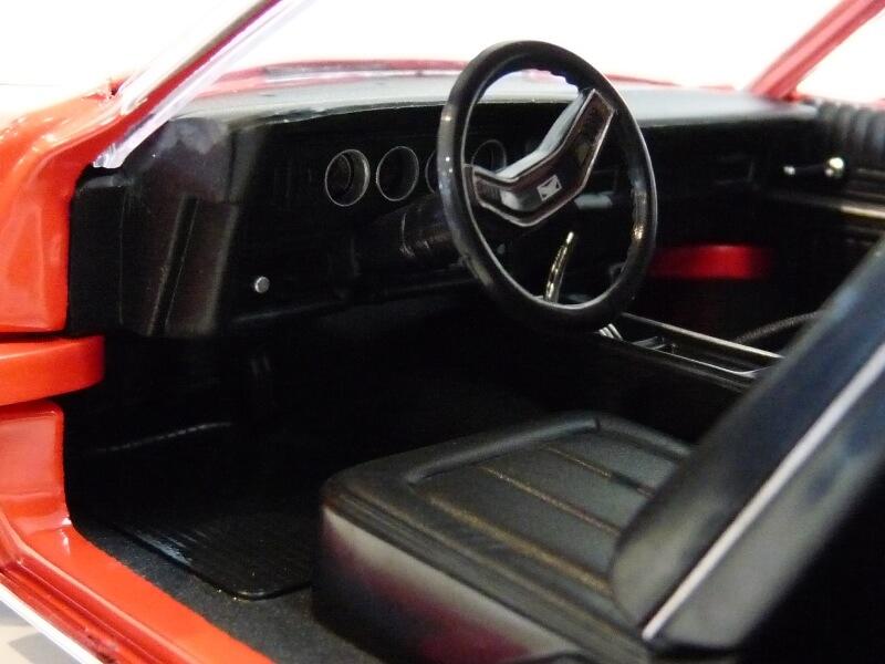 Ford gran torino Starsky & Hutch - 1976 - ERTL 1/18 ème Ford_s43