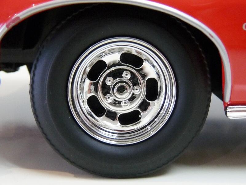Ford gran torino Starsky & Hutch - 1976 - ERTL 1/18 ème Ford_s44