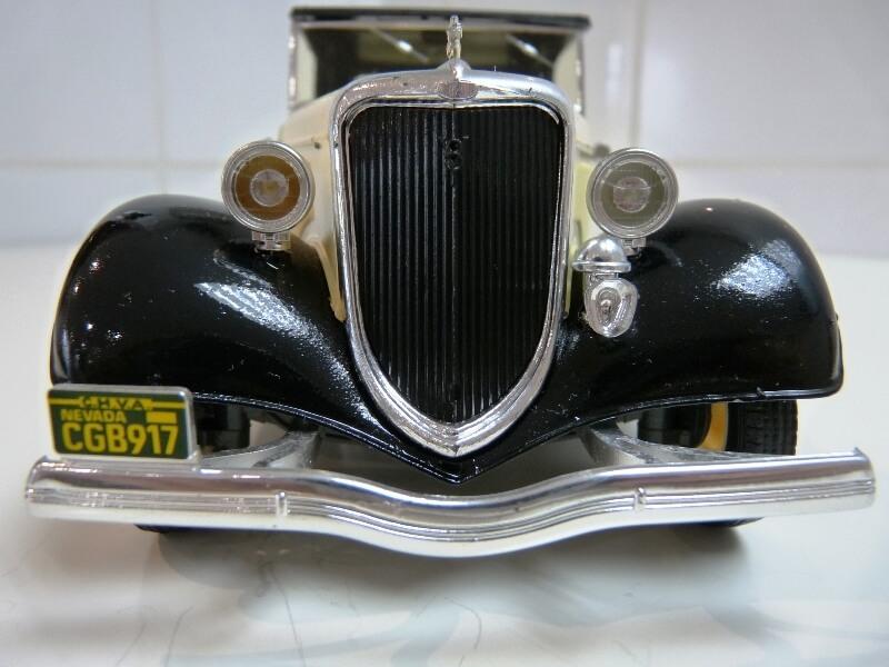 Ford M40 V8 Roadster - 1934 - Solido 1/19 ème Fordv813
