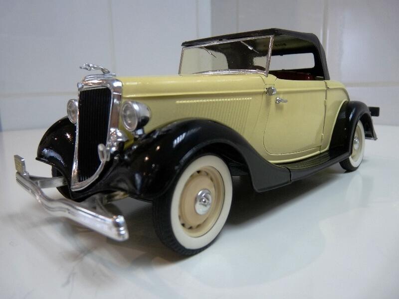 Ford M40 V8 Roadster - 1934 - Solido 1/19 ème Fordv814
