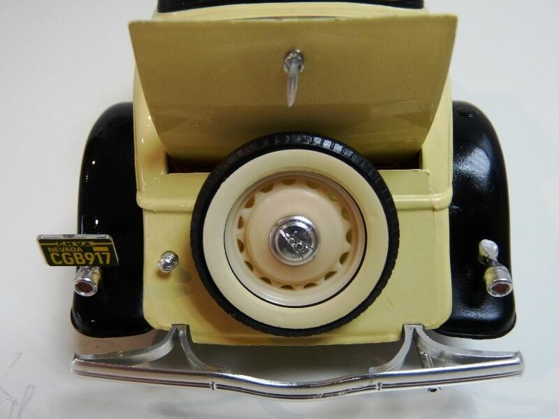 Ford M40 V8 Roadster - 1934 - Solido 1/19 ème Fordv817