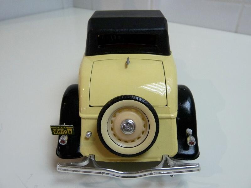 Ford M40 V8 Roadster - 1934 - Solido 1/19 ème Fordv818